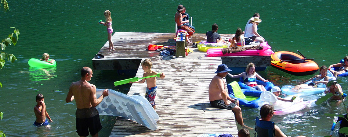 slide-family-fun-swimming-dock